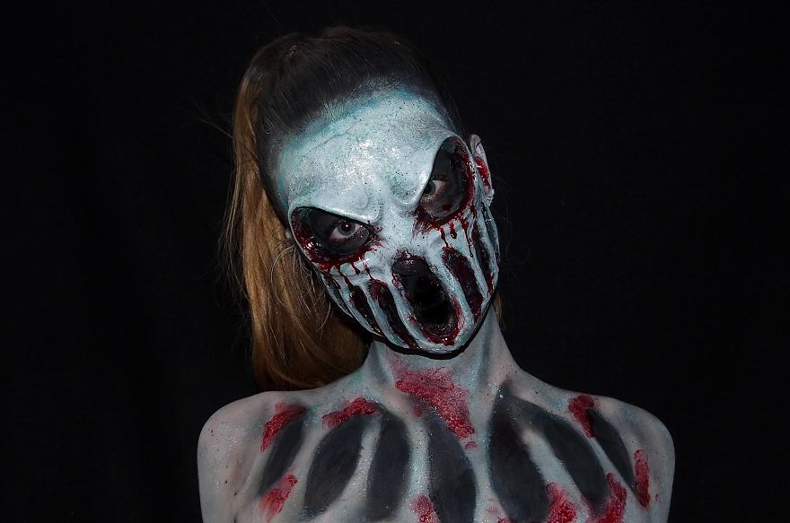 16 Year Old Australian Girl Who Paints Herself In Monstrous Outlooks 13