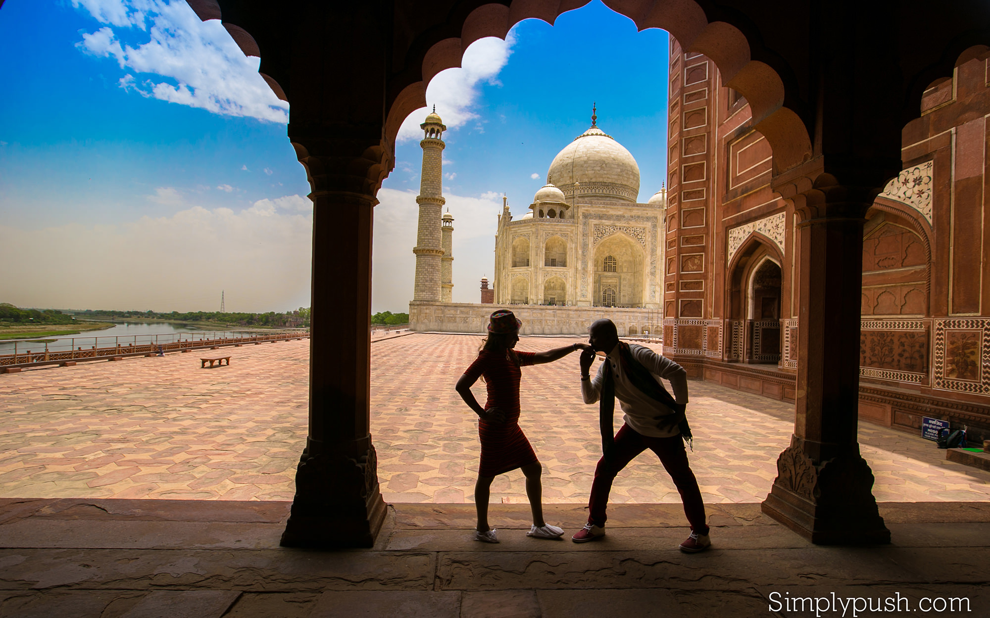 best-prewedding-photographer-tajmahal-india1